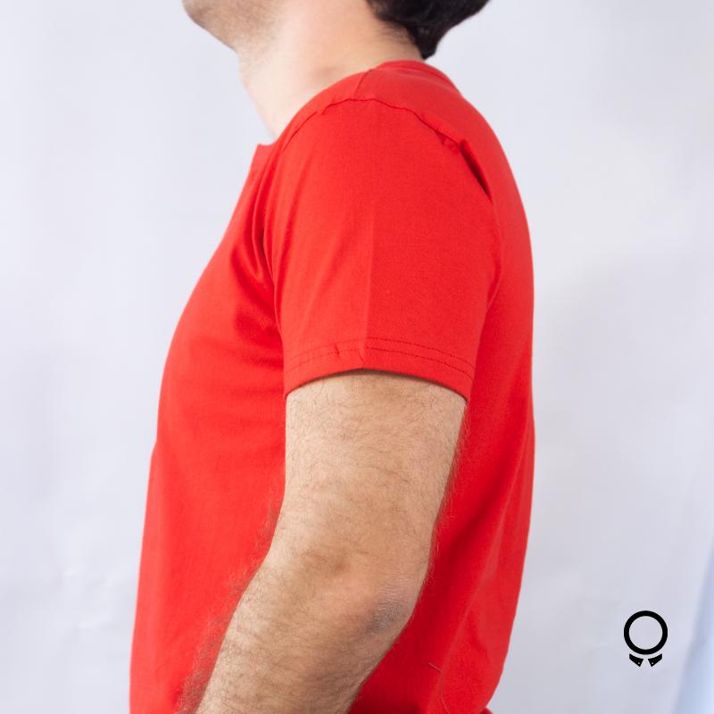 REMERA LIBERATO BASICS CUELLO HENLEY ROJA